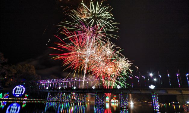 Savor the Luminous Louisiana Holiday Trail of Lights