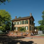 Route 66 and Abraham Lincoln: Two Iconic Reasons to take an Illinois Road Trip
