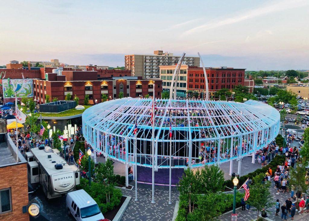 Centennial Plaza _ Rachel Macris