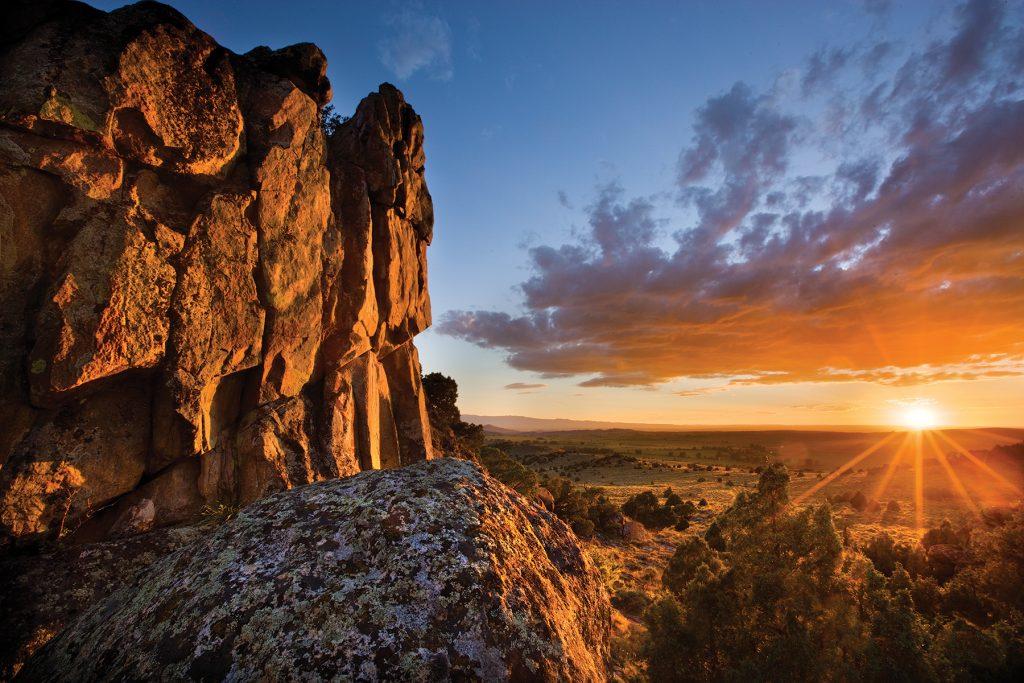 BCR_GrandRockSunset photo credit Brush Creek Luxury Ranch Collection