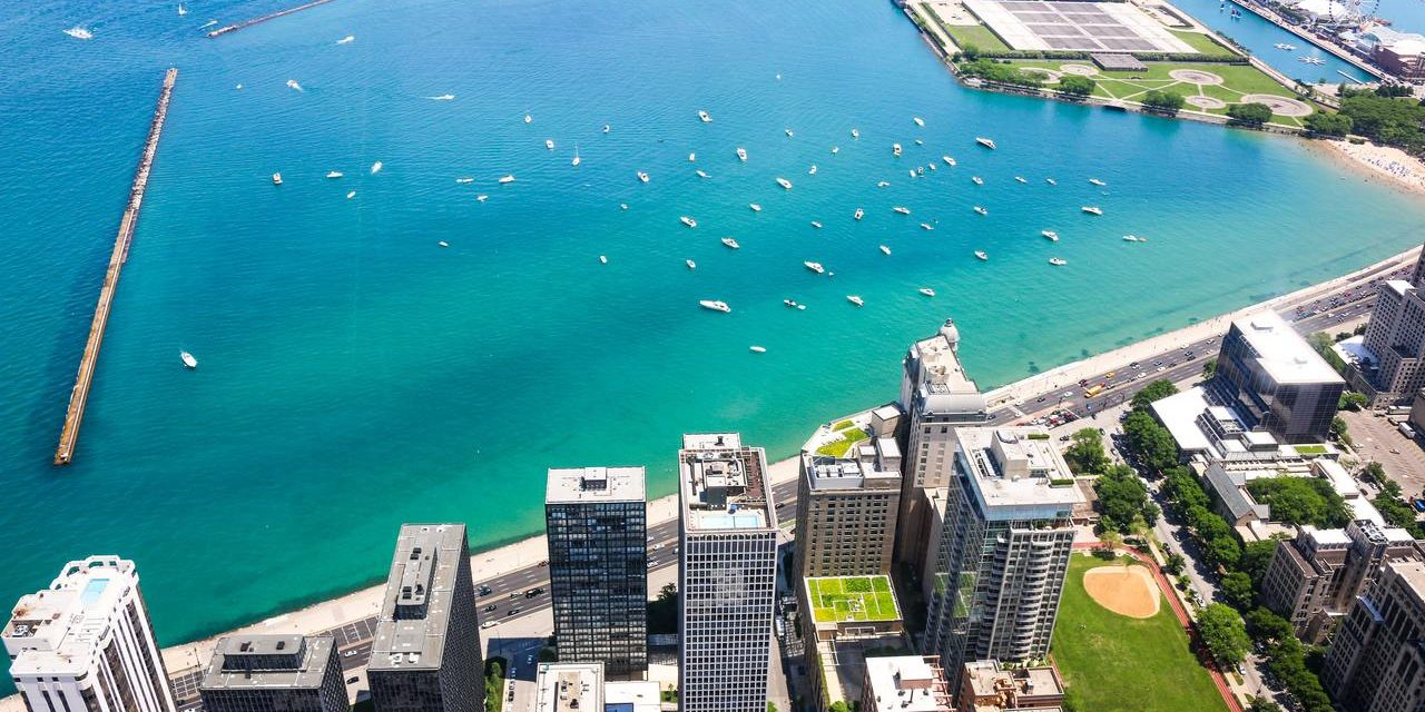 Spend Labor Day Weekend on the Water With Chicago Boat Rentals