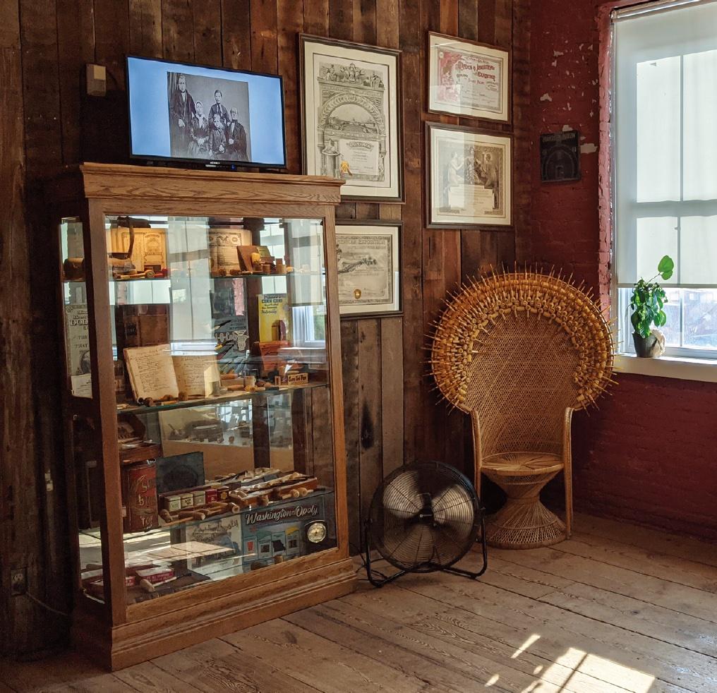 Relax at the Missouri Meerschaum Corn Cob Pipe Museum, Washington
