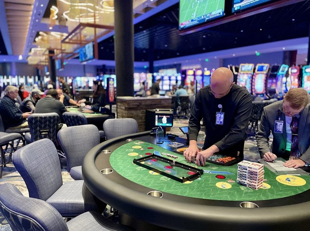 Saracen Casino Resort